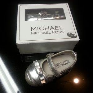 Baby grace bina Michael Kors toddler dress shoes